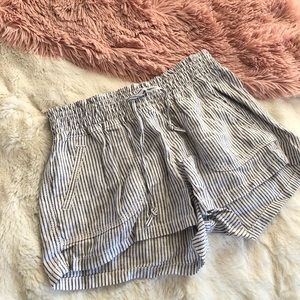 White and navy striped tie casual shorts size S
